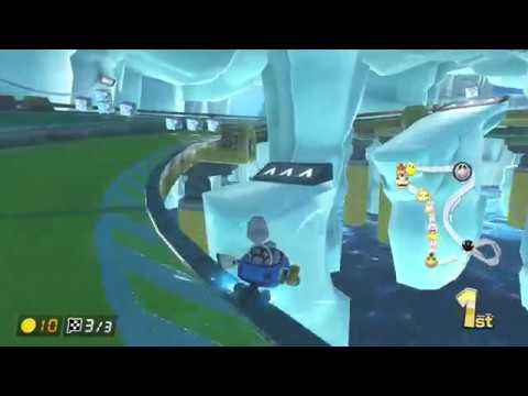A strange stroke of luck from my pathetic attempt at this turn - Mario Kart 8 Deluxe clip