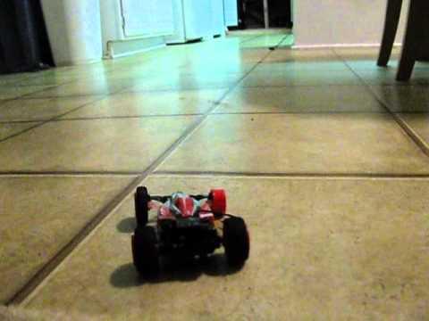 Quick Mini Remote Control Toy Car & Dogs