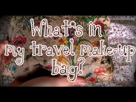 What's in my Travel/Holiday/Vacation Make-Up Bag?