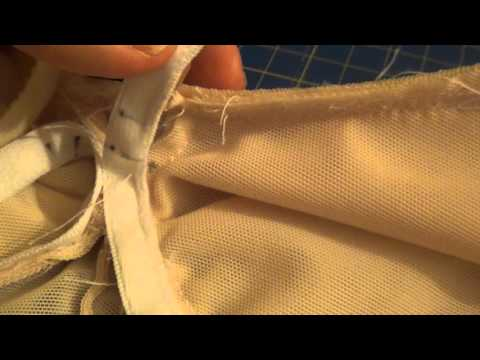 sewing bras| inserting the wire| Kwik sew 3594