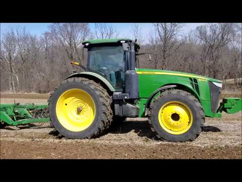 Seed Bed Prep With John Deere 8235R and 630 Disk