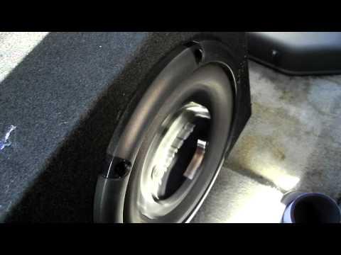 2000 Nissan Frontier - Center subwoofer install (test)