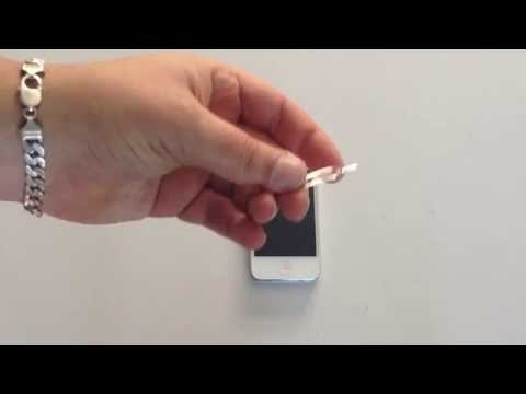How to Put Sim card into iPhone 4s