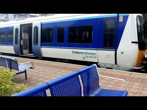 RARE! Double new livery class 165 Chiltern Railways - 165035 and 165005