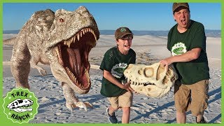 Download Giant T-Rex Dinosaur vs Park Rangers! Pretend Play Escape Adventure with Dinosaurs Toys for Kids Video