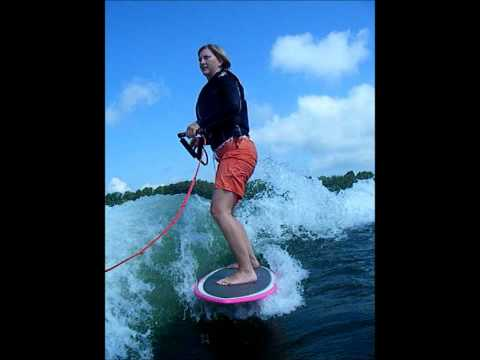 How to Get Up Wakesurfing
