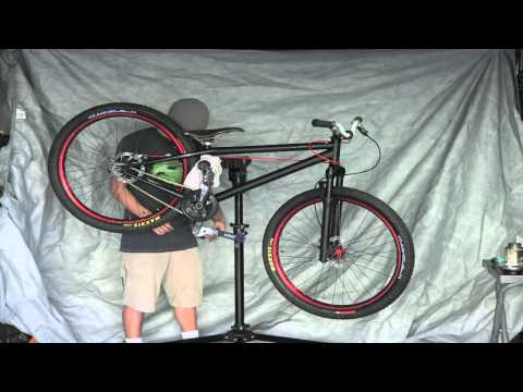 blk mrkt riot dirt jumper build - Time Lapse with Canon 5D Mark II