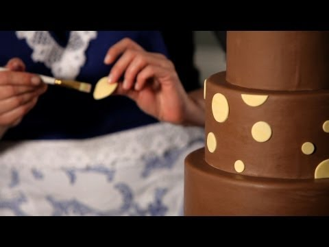 How to Do a Polka Dot Pattern | Wedding Cakes