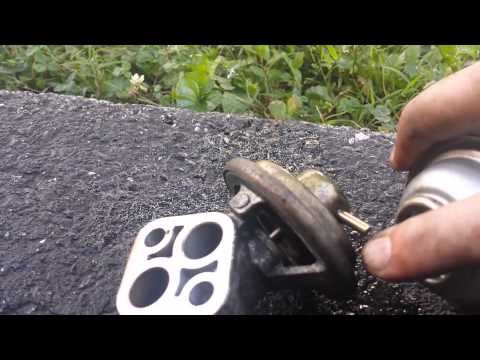 How to clean / replace EGR valve Mitsubishi Lancer 2002