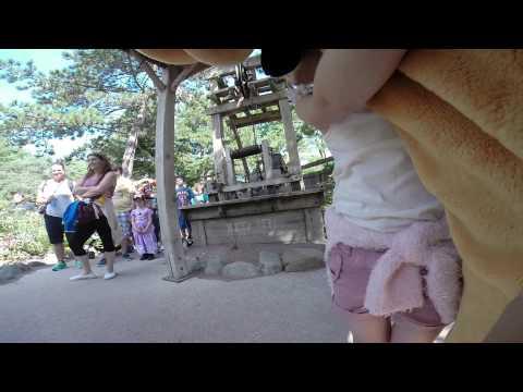 Disneyland Paris The kids meet pluto