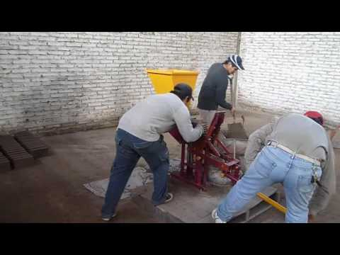 Hand molding Fly ash Bricks Machine 1 And 2 Cavity