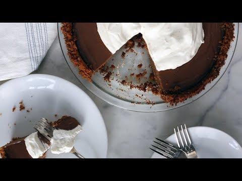 Milk-Chocolate Pudding Pie- Everyday Food with Sarah Carey