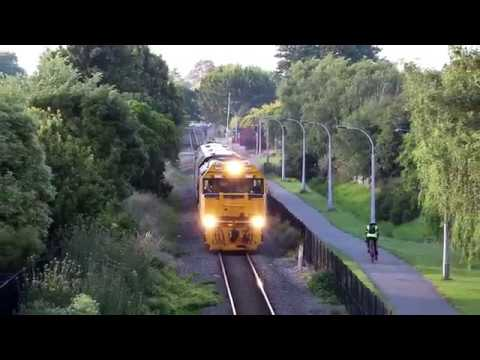 Trains Around Christchurch On The 17/12/18