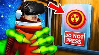 Pressing The SECRET SPACE BUTTON In VR ELEVATOR (Floor Plan VR Funny Gameplay)