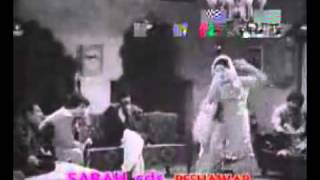 YouTube   old pashto songs  gulnar begum film nimgarray armaan