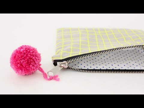 How to sew a lined Zipper Pouch--great for Beginners!