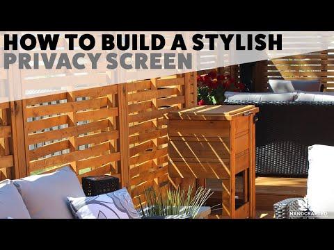 DIY Stylish Backyard Privacy Wall