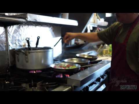 Pizzeria Espiritu Making of Especial Shrimp Pasta and Primavera