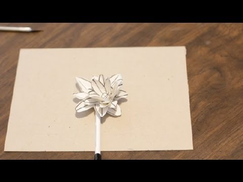 How to Make Water Lilies Out of Paper : Paper Crafts