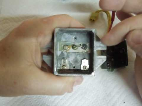 Inside Briggs & Stratton Failed 3 Wire Voltage Regulator