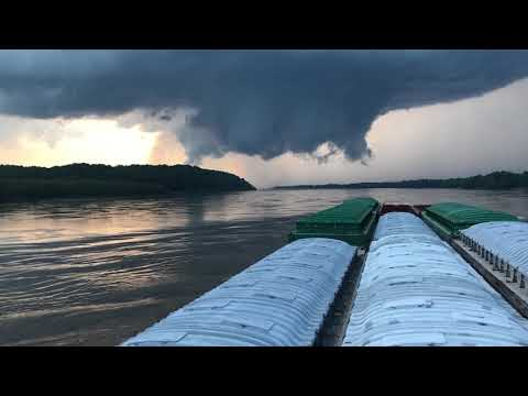 Tornadoes on the Upper Mississippi River