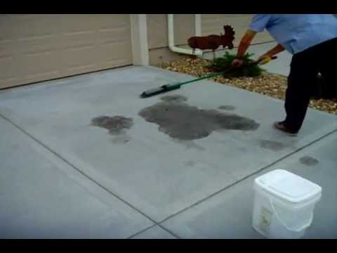 How to remove oil stains from a concrete driveway - www.sealgreen.com - 800-997-3873