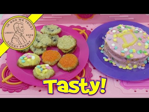 2014 Lalaloopsy Kids Baking Oven - Double Layer Cake, Sugar & Chocolate Chip Cookies!