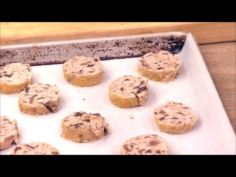Real Simple Cooking School: Famous Chocolate Chunk Shortbread Cookies