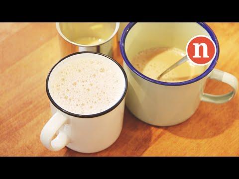 Ceylon Milk Tea with Condensed Milk | Teh Tarik | Malaysian Hot Milk Tea [Nyonya Cooking]