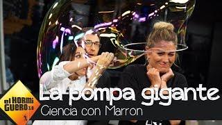 Macarena García mete a Blanca Suárez en una pompa de jabón - El Hormiguero 3.0