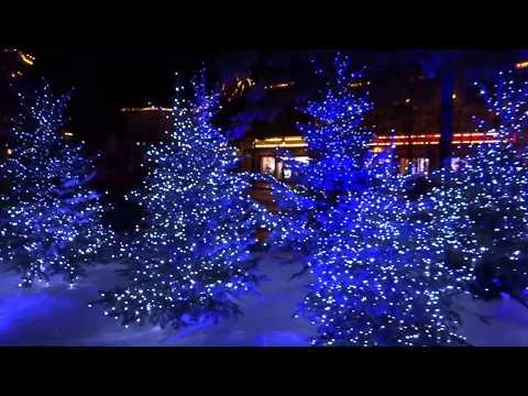Disneyland Paris Christmas Decorations and Atmosphere 2013