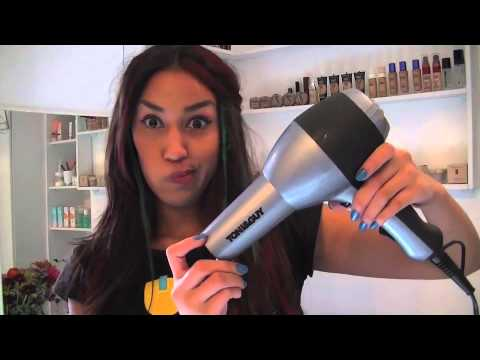 How I Chalk Dye My Hair with Sharfaa Kassiem