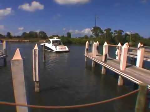 Docking a Twin Engine Boat