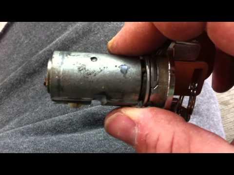 73-91 GM Truck Column Teardown 3 - Ignition Lock Cylinder and Upper Housing