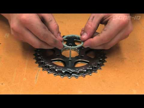 Cleaning a Mountain Bike Cassette