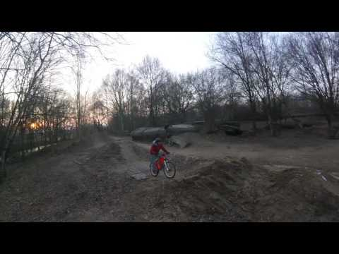Dirtjump practice in winter witch Commencal absolut