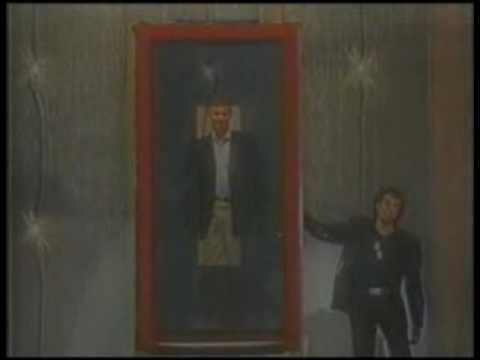 David Copperfield - Walking Through a Mirror.flv