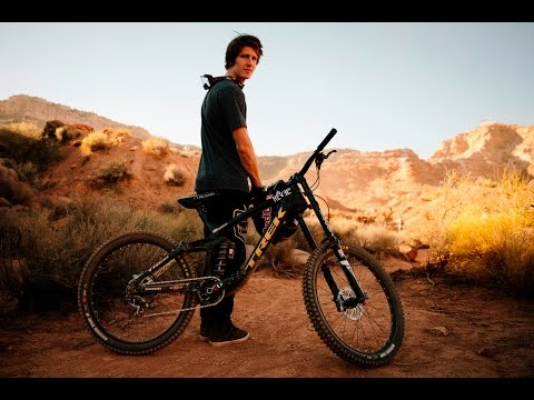 Downhill & Tribute 2017 - Brandon Semenuk