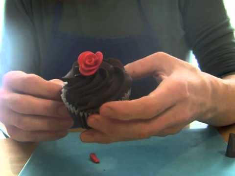 Slightly More Realistic Rolled Fondant Ribbon Roses