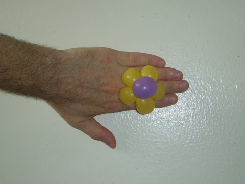 Flower balloon ring