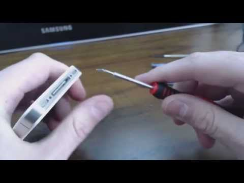 How To Remove and Replace an iPhone 4 Battery