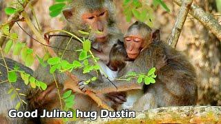 Million Pity! Poor orphan Dustin no mom hug, but good Julina have warm hug to Dustin and sleep well