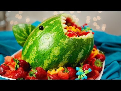 Make a Watermelon Shark Fruit Salad Your Kids Will Love!