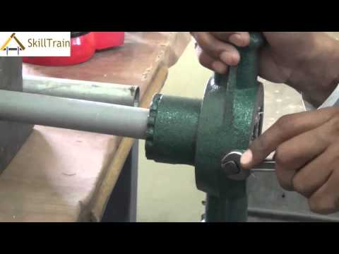 Making Threads on a PVC Pipe (Hindi) (हिन्दी)