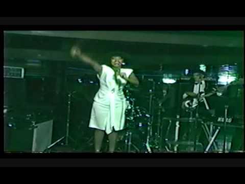 Queen of Versatility Avis! - One Night Only  - D C 's Dream Girl