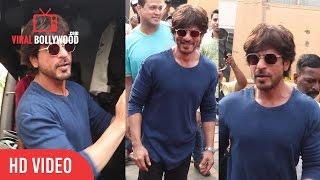Shahrukh Khan Spotted At Mehboob Studio | Viralbollywood