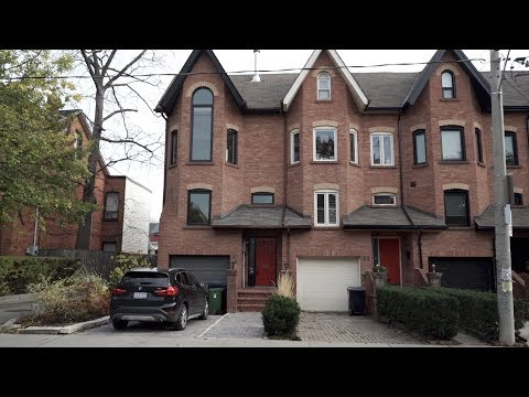 Done Deals: Ample natural light in this Toronto townhouse saw it sell for $100,000 over asking