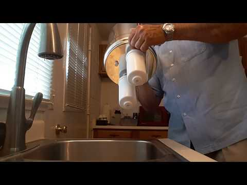 Cleaning Berkey black and fluoride  water filters.