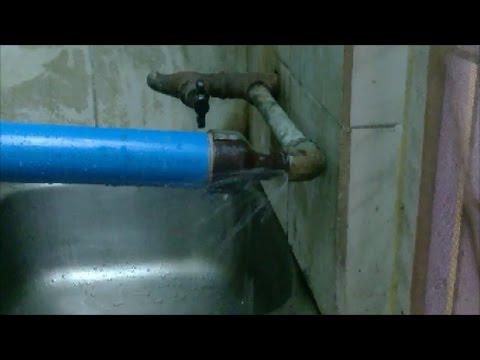 How to clear water pipeline at home
