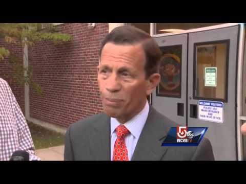 Voters cast ballots in Massachusetts primary
